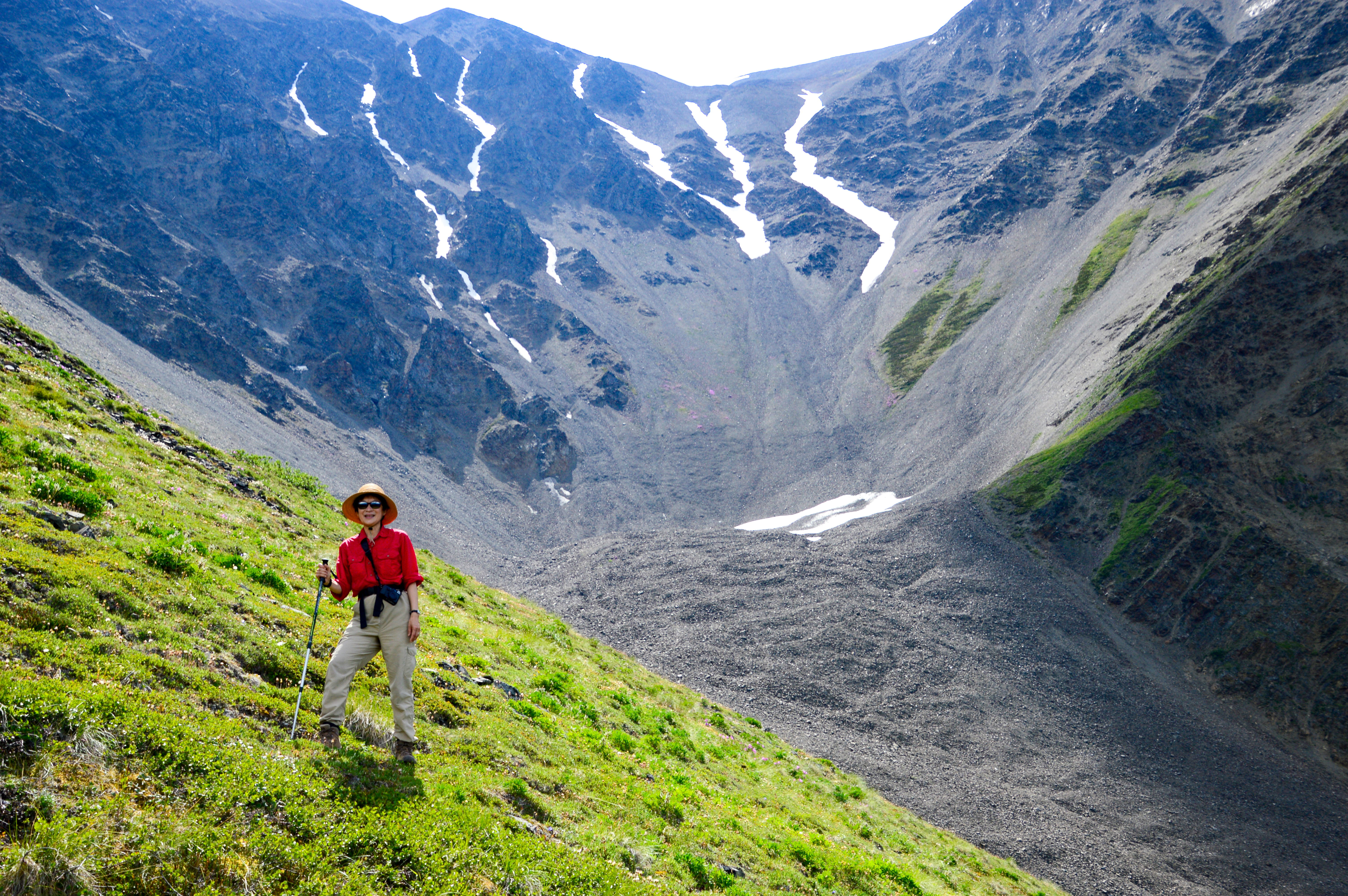 Picture of Hike Like a Pro With These 6 Tips
