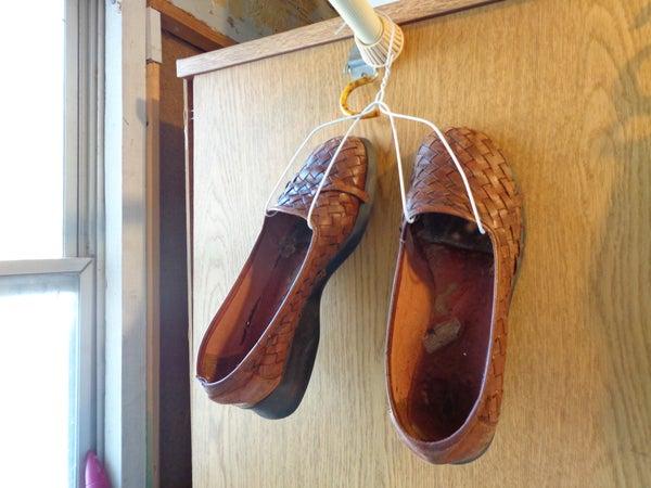 Closet Hacks - Cheap Shoe Storage in 1 Minute
