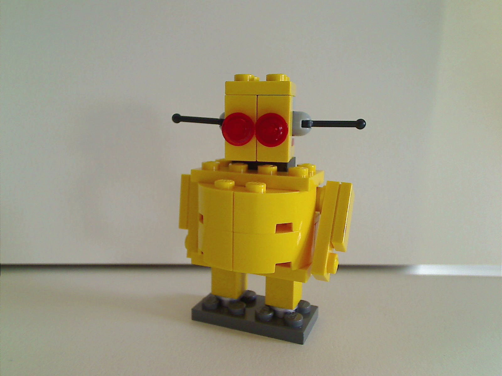 Picture of Lego Instructables Robot