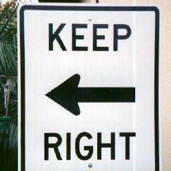 funny-keep-right-sign3.jpg
