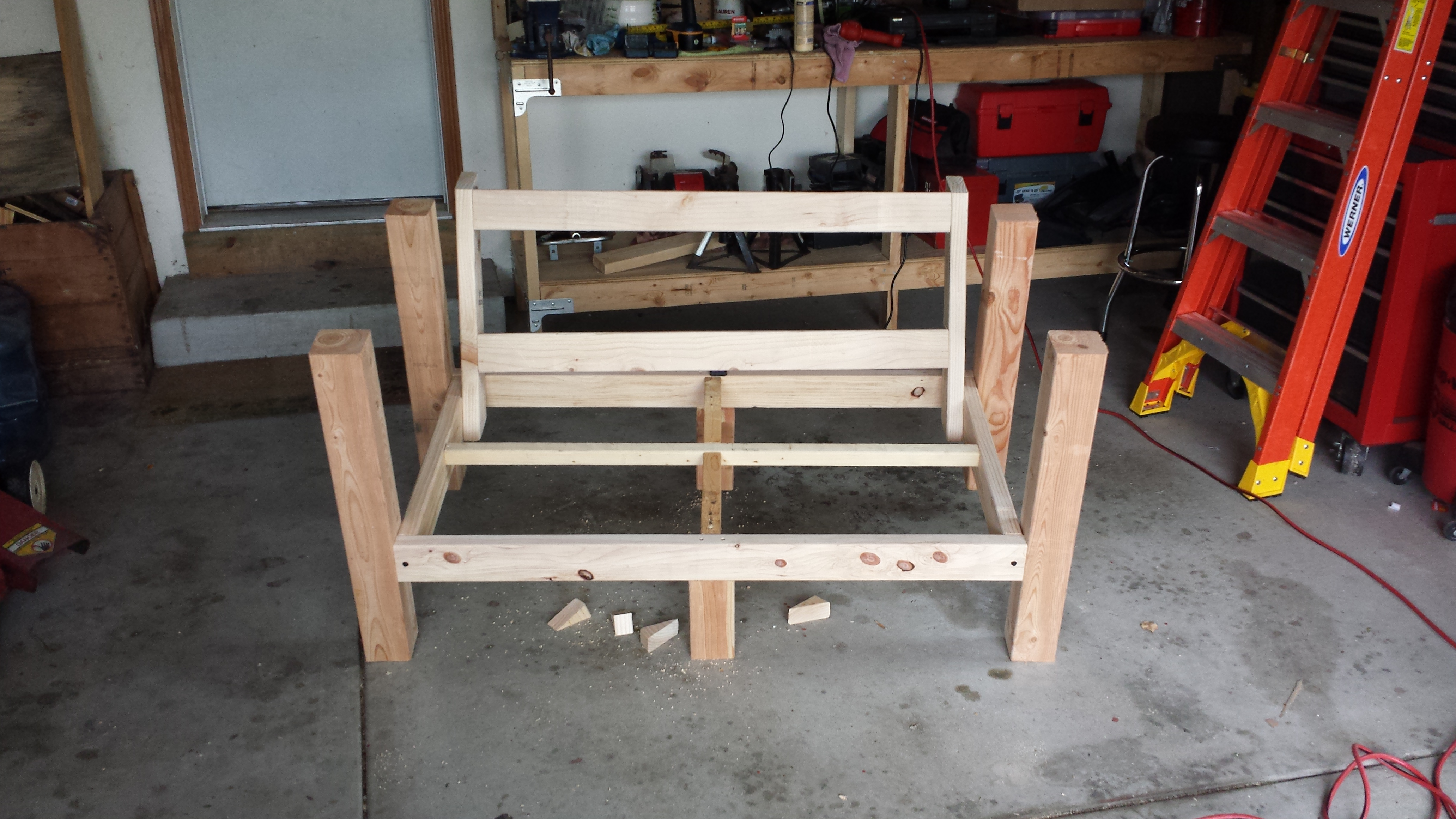 Picture of Adding the Legs and Supports