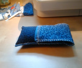 Microfiber lined phone case