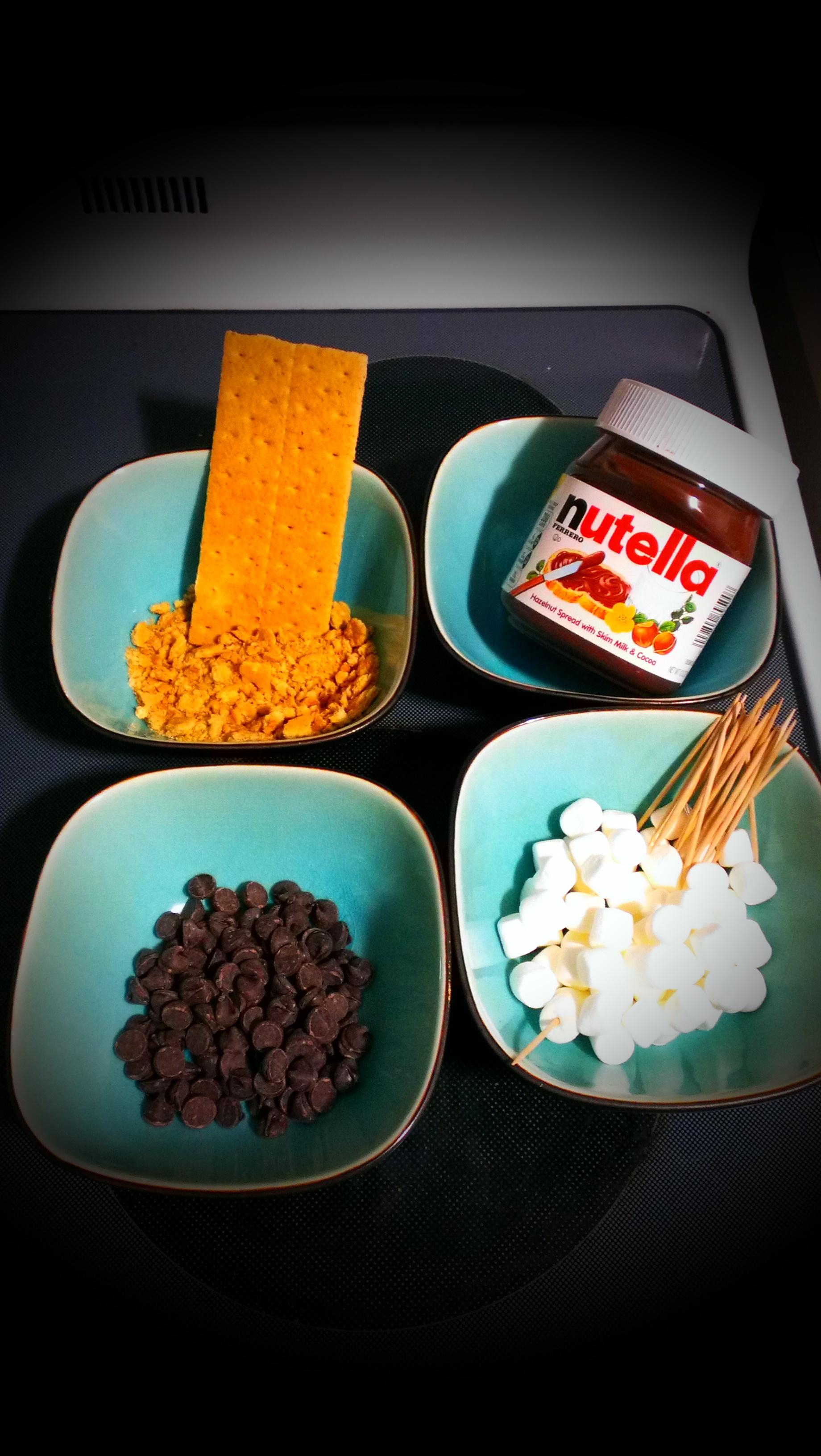 Picture of Mini Nutella S'more Truffles on Stick