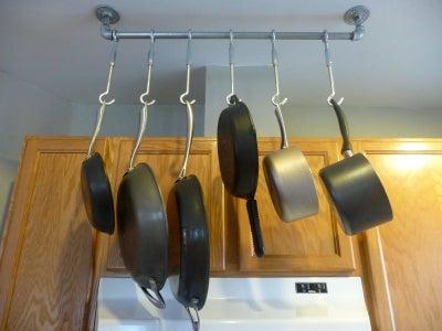 Easy Hanging Pan Rack
