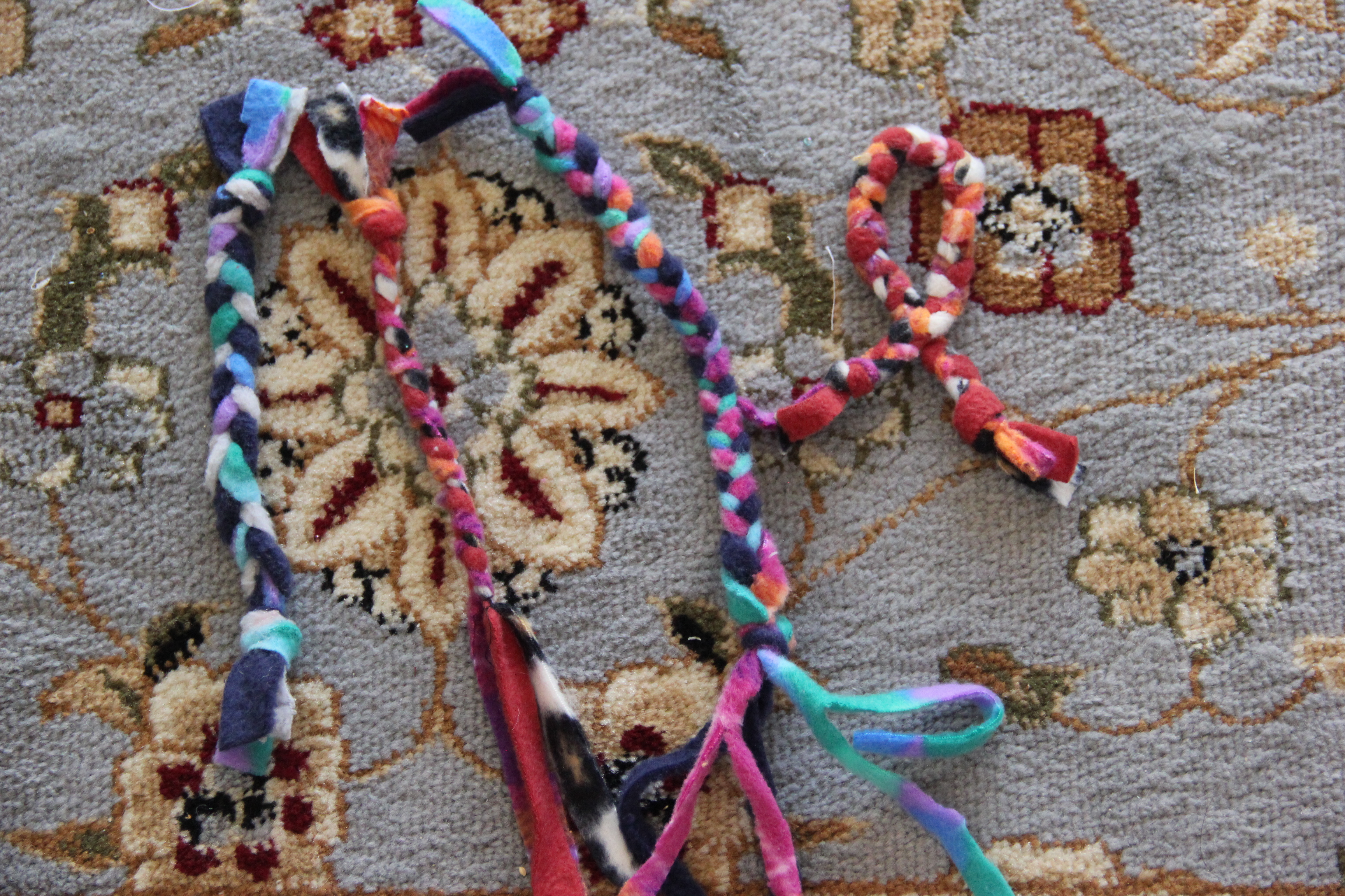 Picture of No Sew Braided Cat Toy