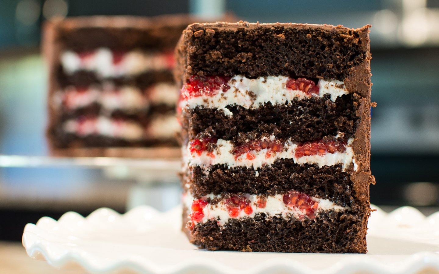 Picture of How to Level, Fill, & Stack a Cake
