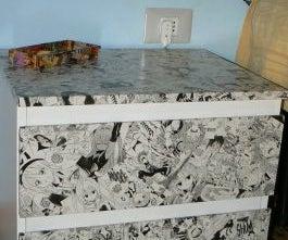 Manga bedside tables