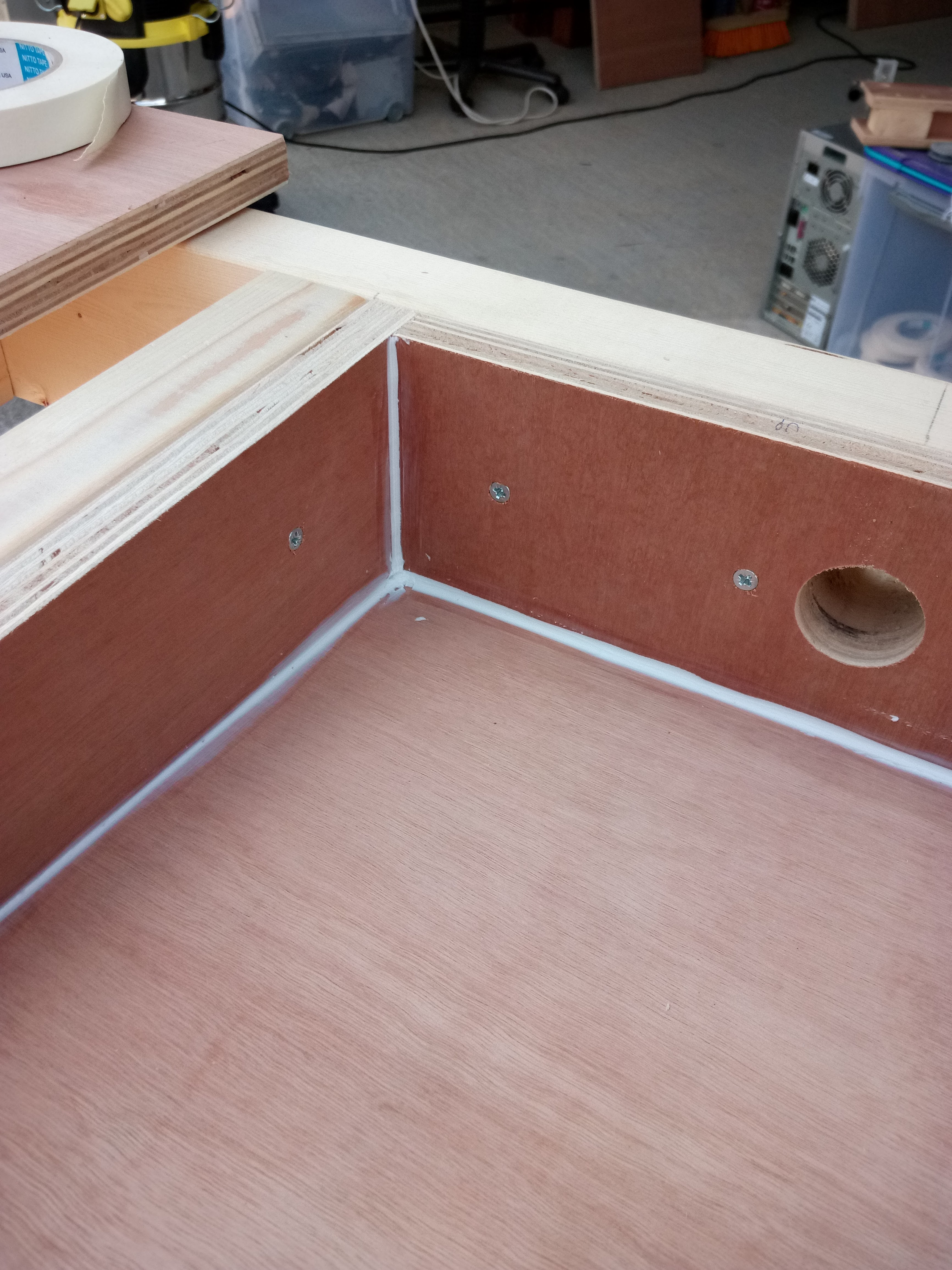Picture of Downdraft Box