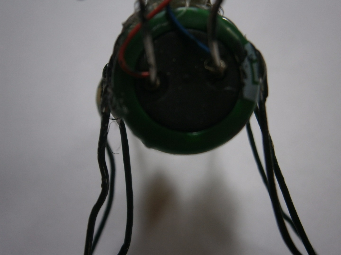 Picture of Connect the Wires From the Vibration Motor to the Super Capacitor