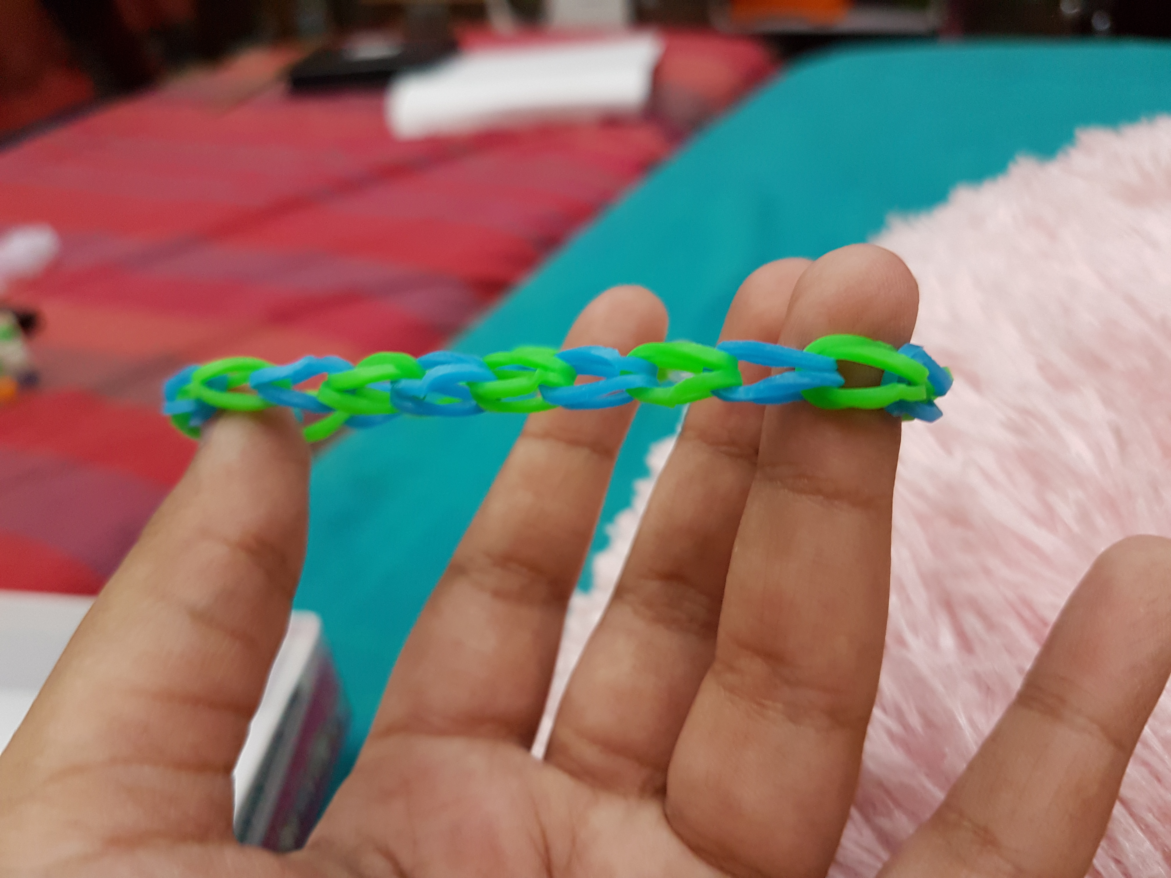 Picture of Very Easy Steps to Make a Single Band Rainbow Bracelet on a Very Short Loom