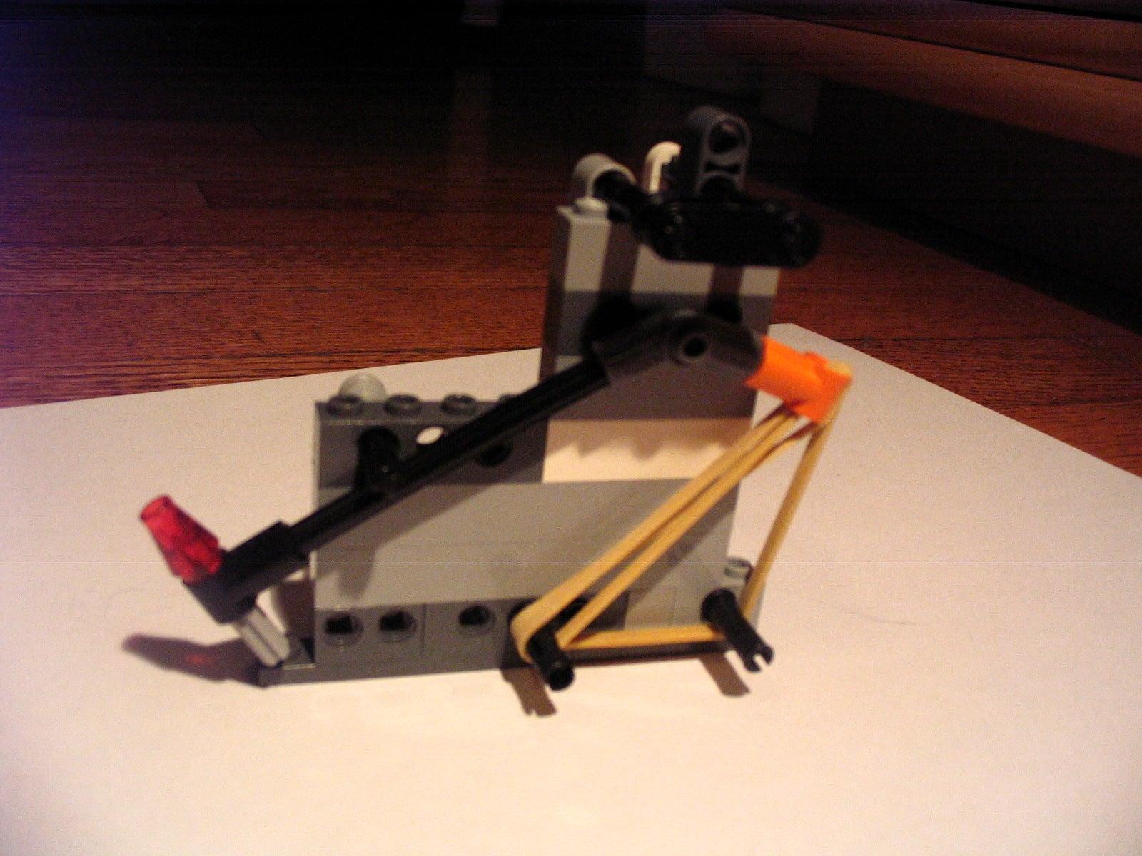 Lego Catapult 8 Steps