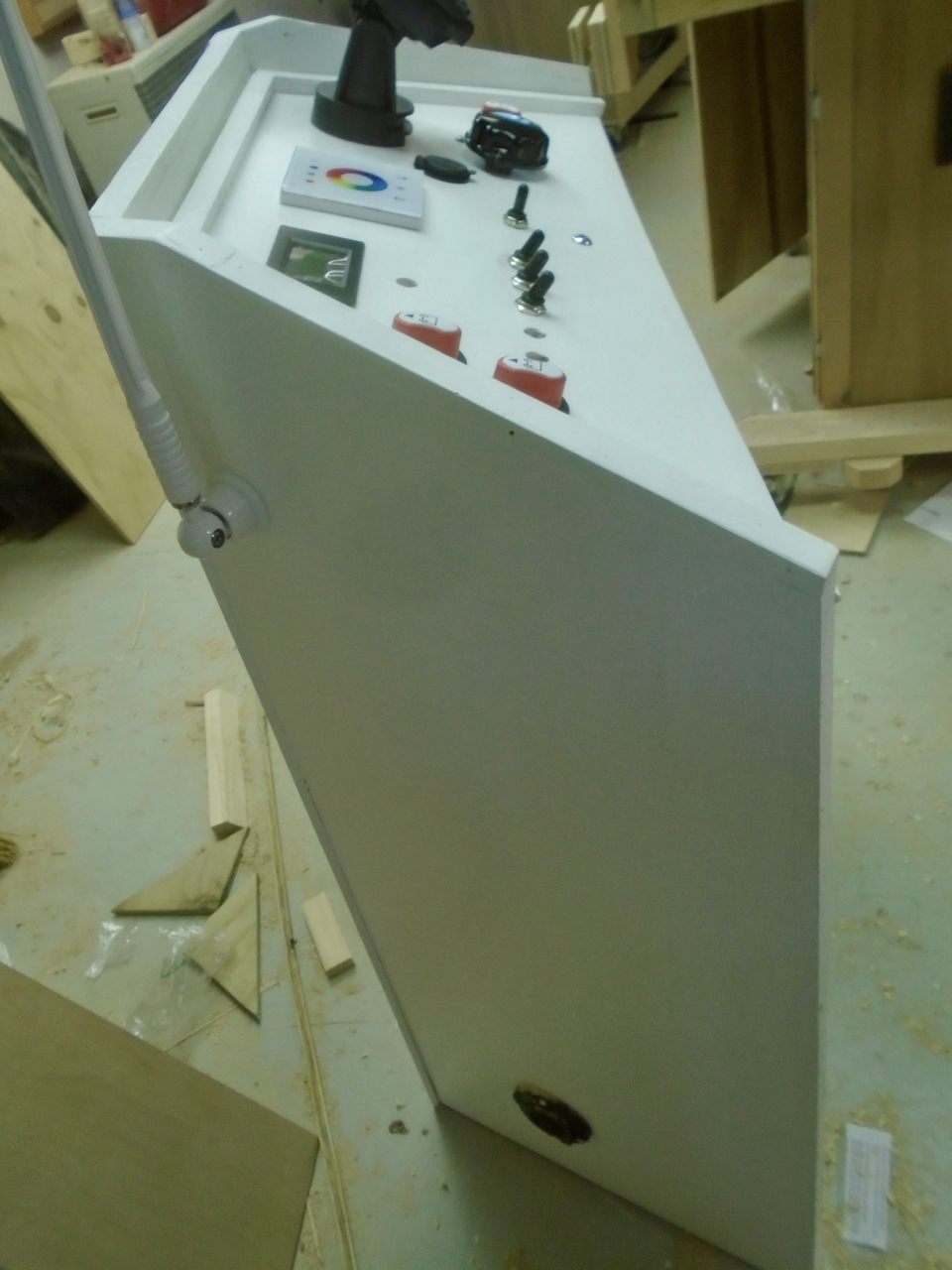 Picture of Console, Finishing Up