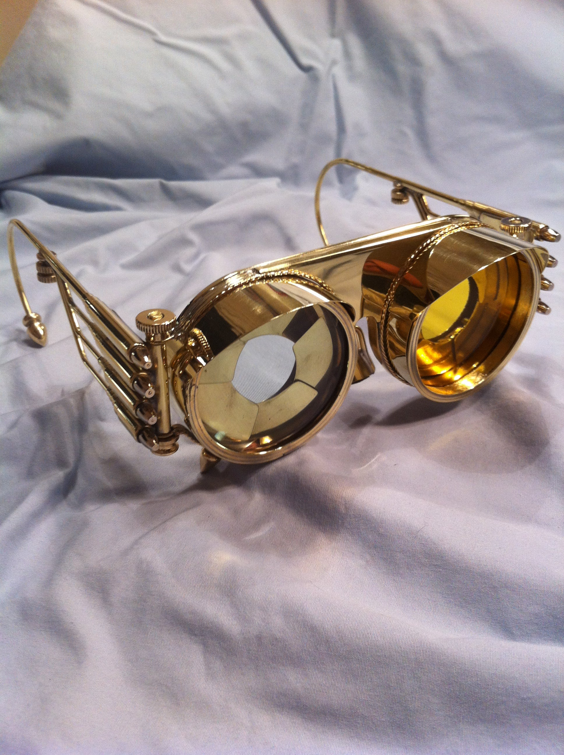 c2fb8e650442 Steampunk Goggles Iris With Interchangable Lenses  5 Steps (with Pictures)