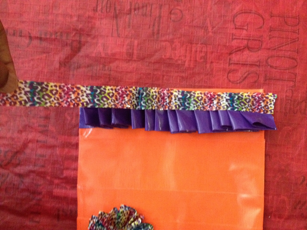 Picture of Ruffle Border