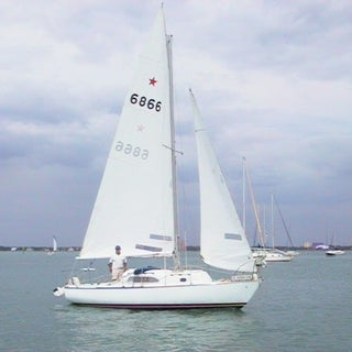irwin 23 with star mainsail.jpg