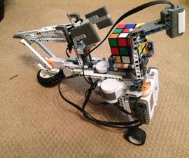 Lego Robot That Solves A Rubik Cube