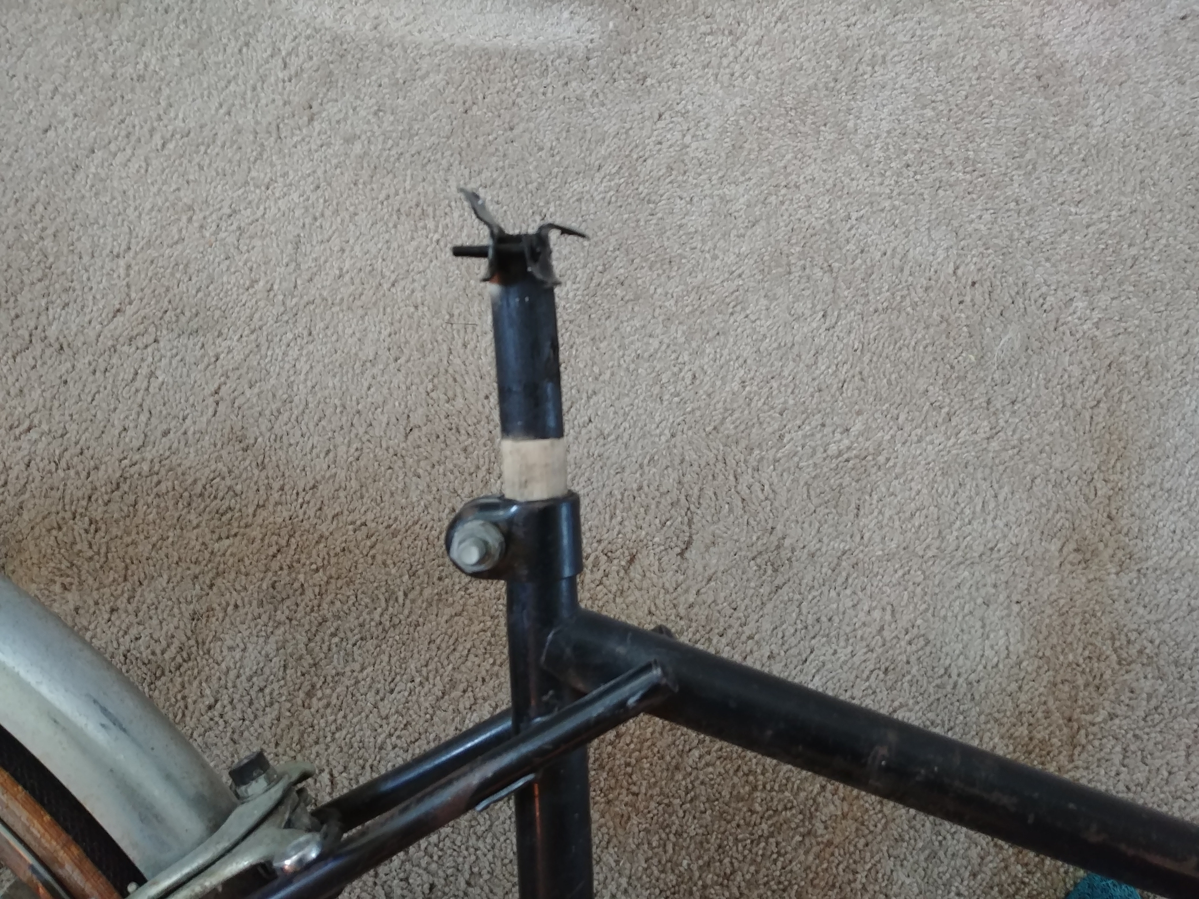 Picture of Mounts for the Bike