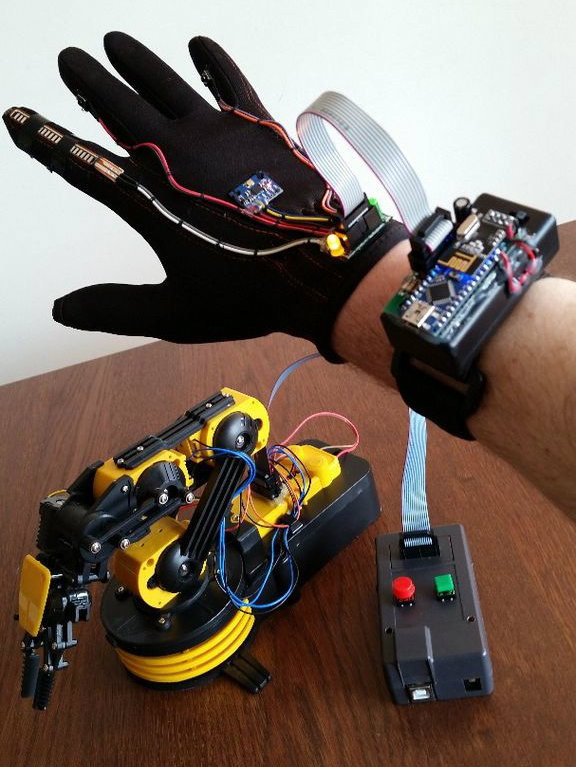 Picture of Wave Your Hand to Control OWI Robotic Arm... No Strings Attached