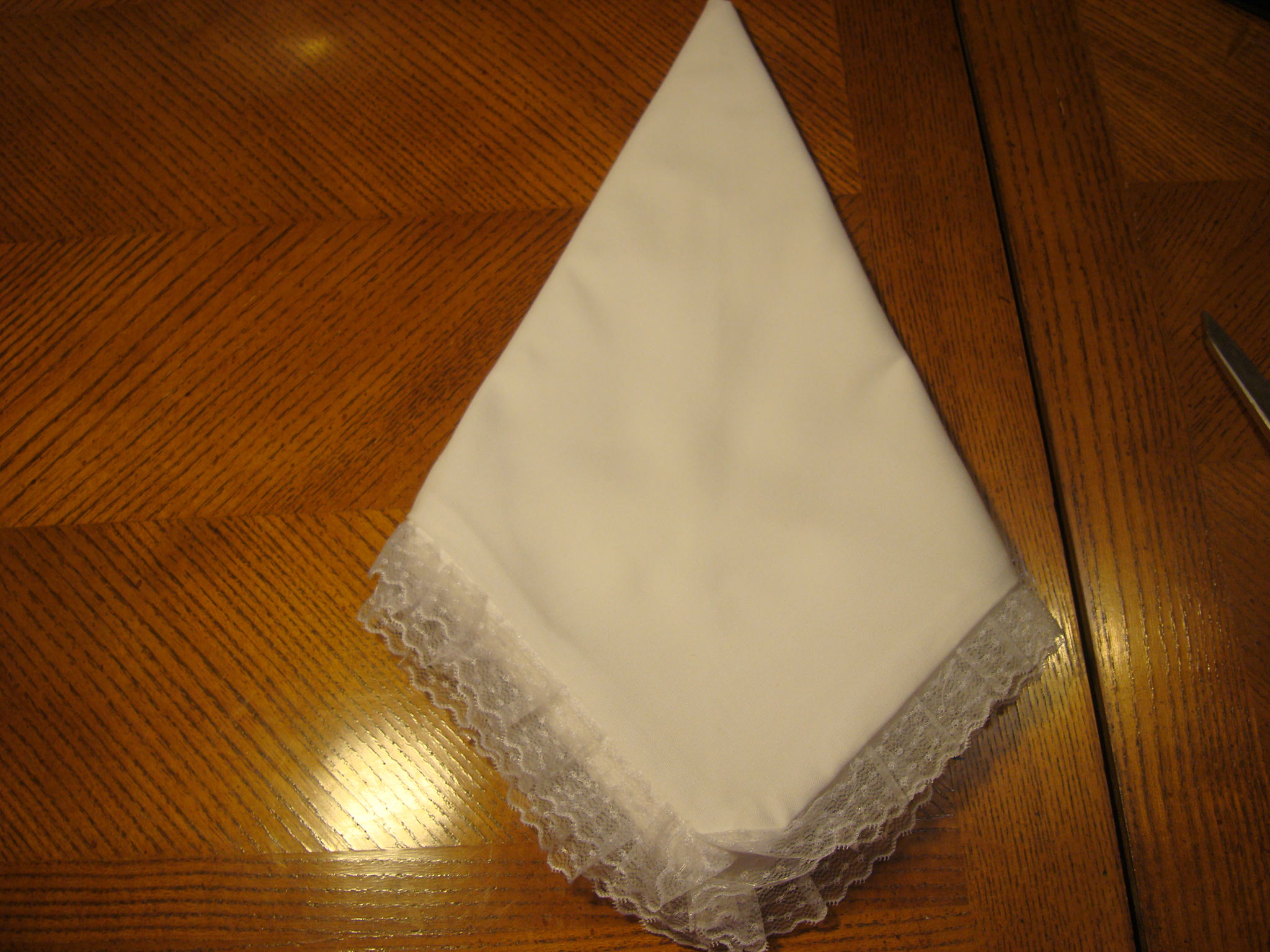 Picture of How to Fold a Swan Napkin