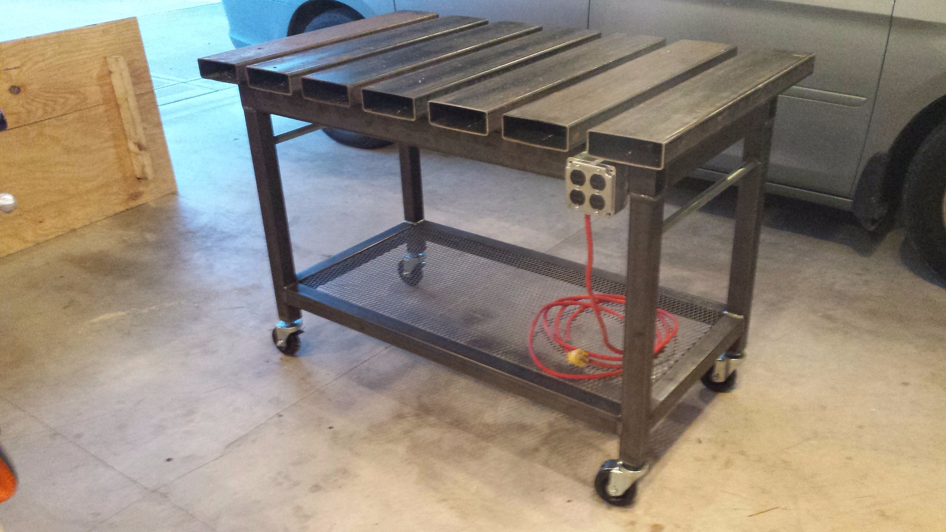 Picture of Welding Table