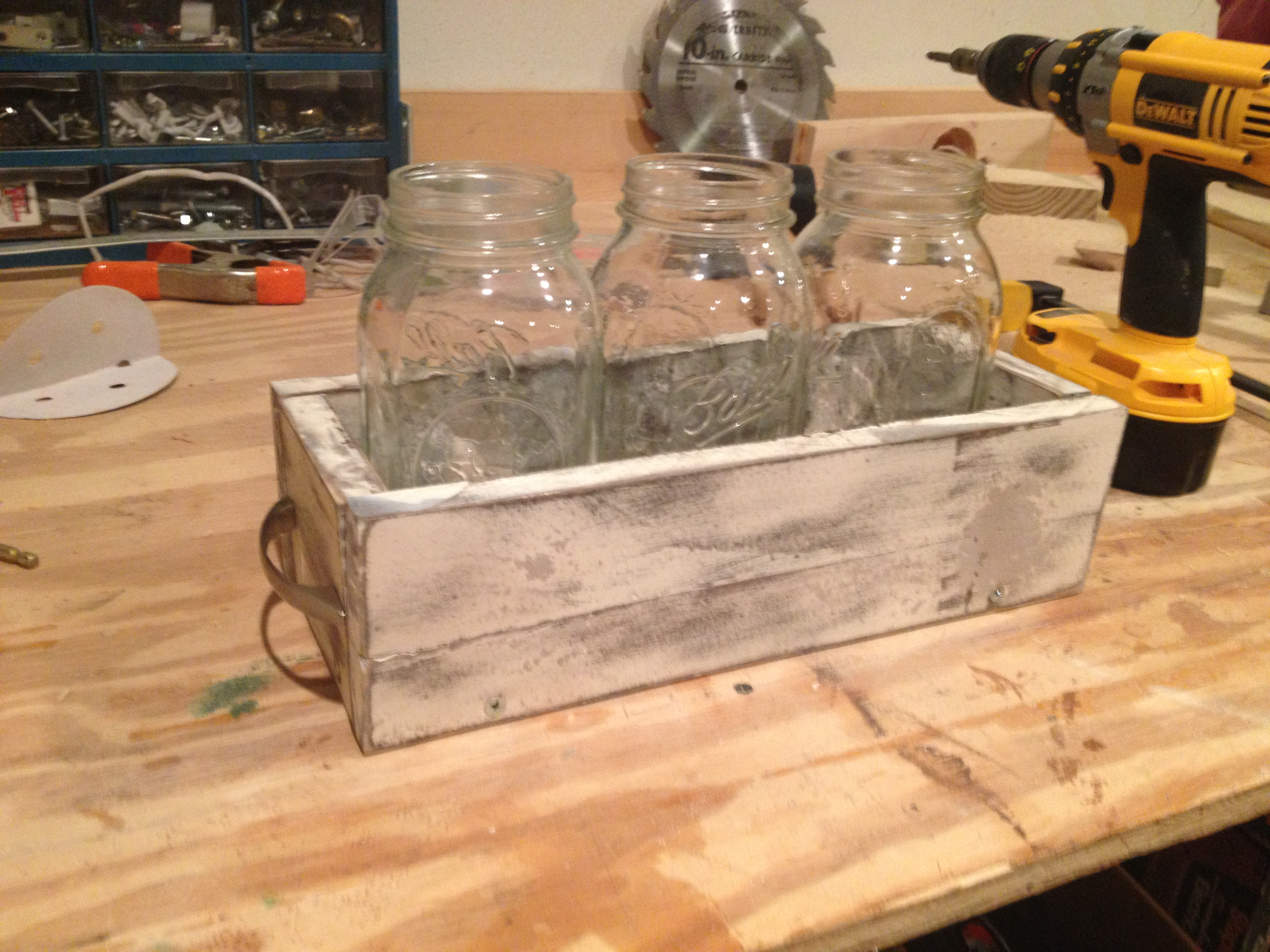 Picture of Weathered Mason Jar Holder