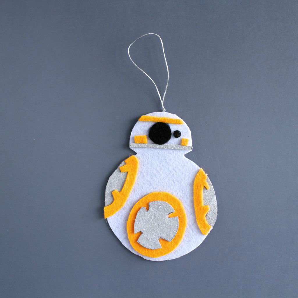 Picture of Make This Star Wars BB-8 Felt Keychain