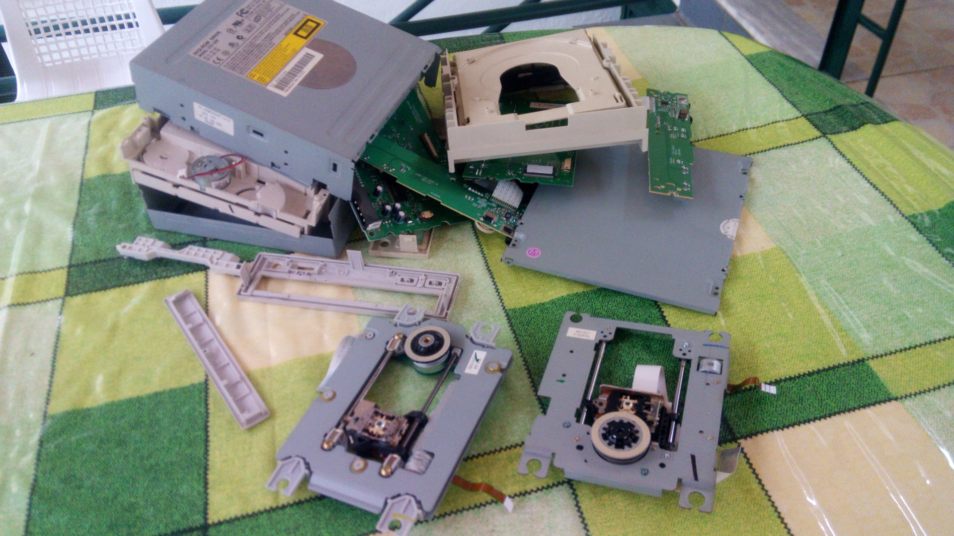Picture of Desassembly DVD/CD Drives
