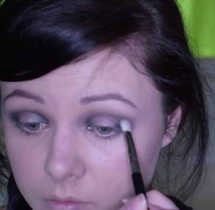 Picture of Green Halo Eye Makeup Tutorial
