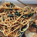 Easy sesame peanut noodles