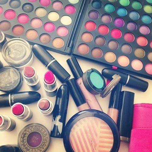 Picture of Face Makeup
