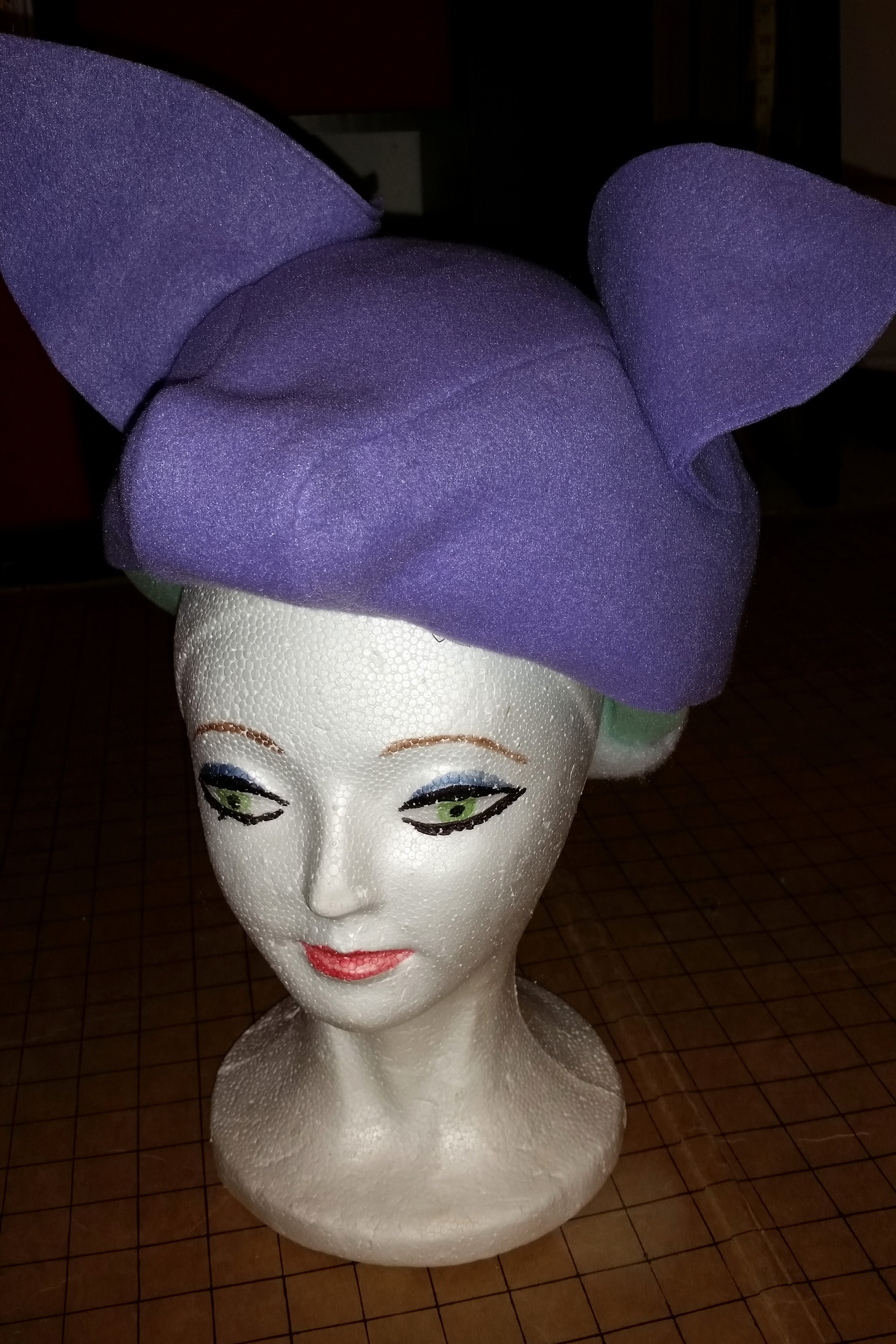 Picture of Build the Headpiece.