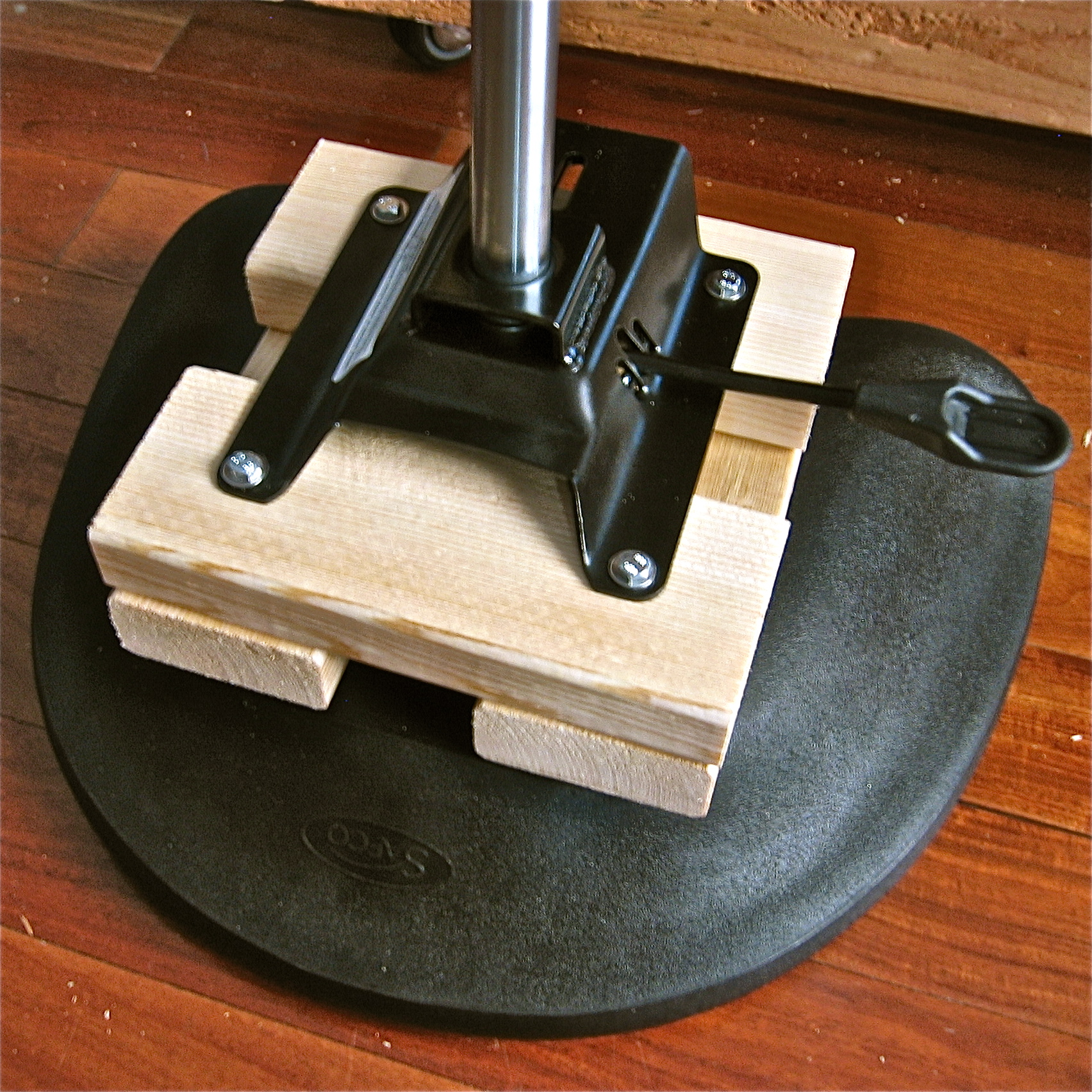 Picture of Attach the Seat