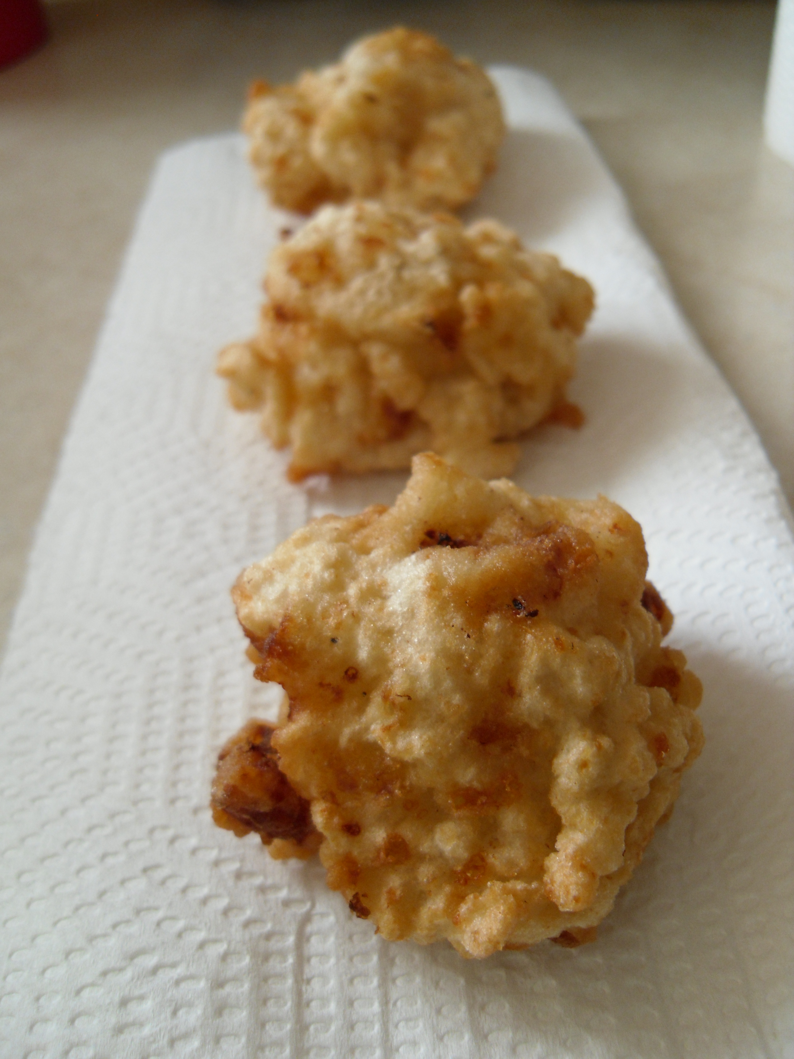 Picture of Frying the Mac&Cheese Balls