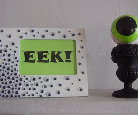 """EEK! """"I SEE YOU"""" Halloween Picture Frame"""