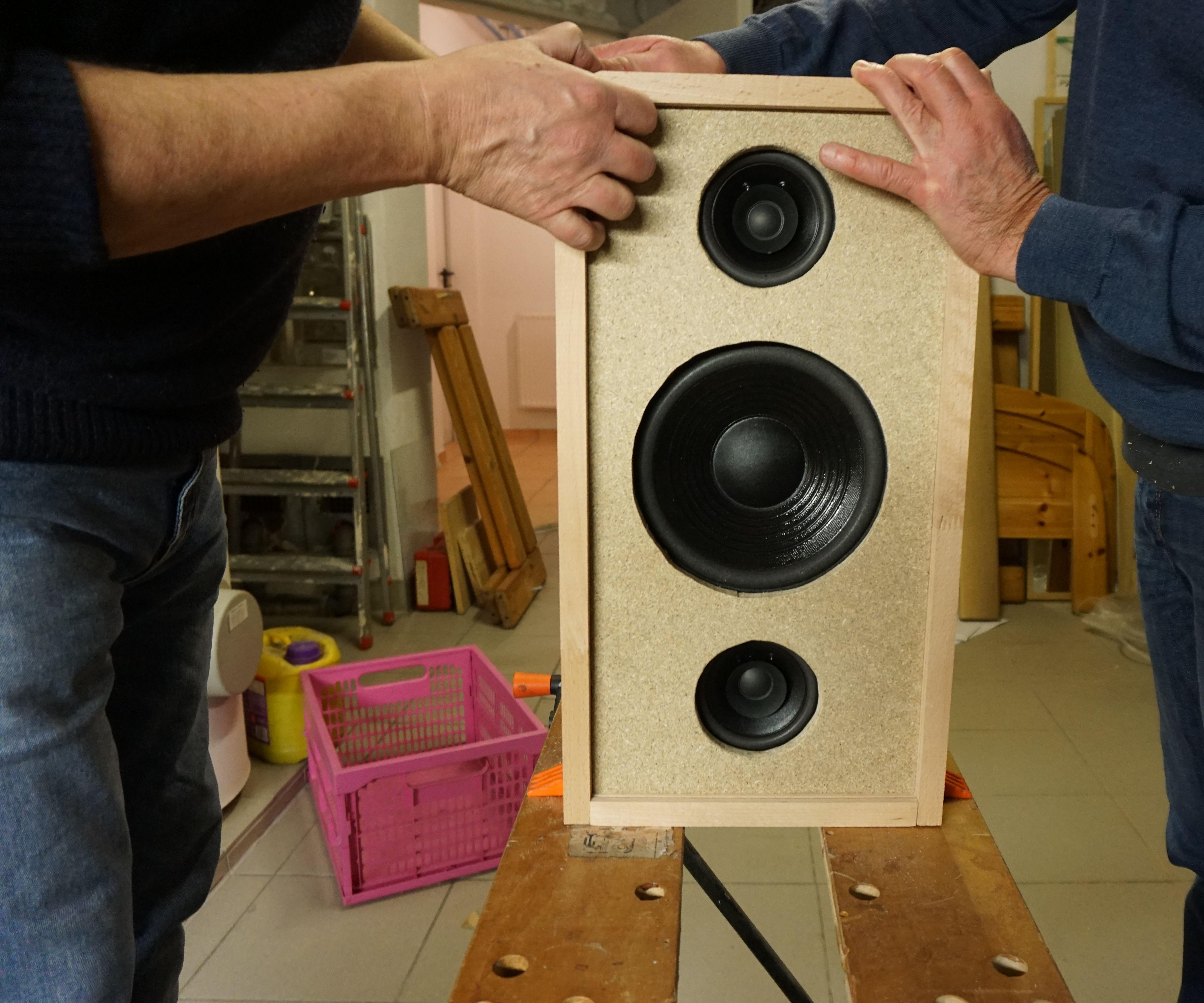 Diy Bluetooth Boombox Speaker 6 Steps