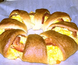 Bacon, Egg, and Cheese Wreath
