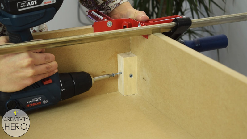 Picture of Assembling the Box.