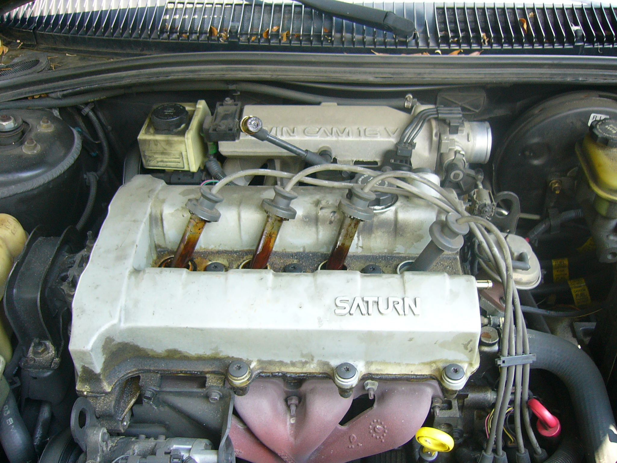 Replacing Your Car's Valve Cover Gasket: 10 Steps (with Pictures)