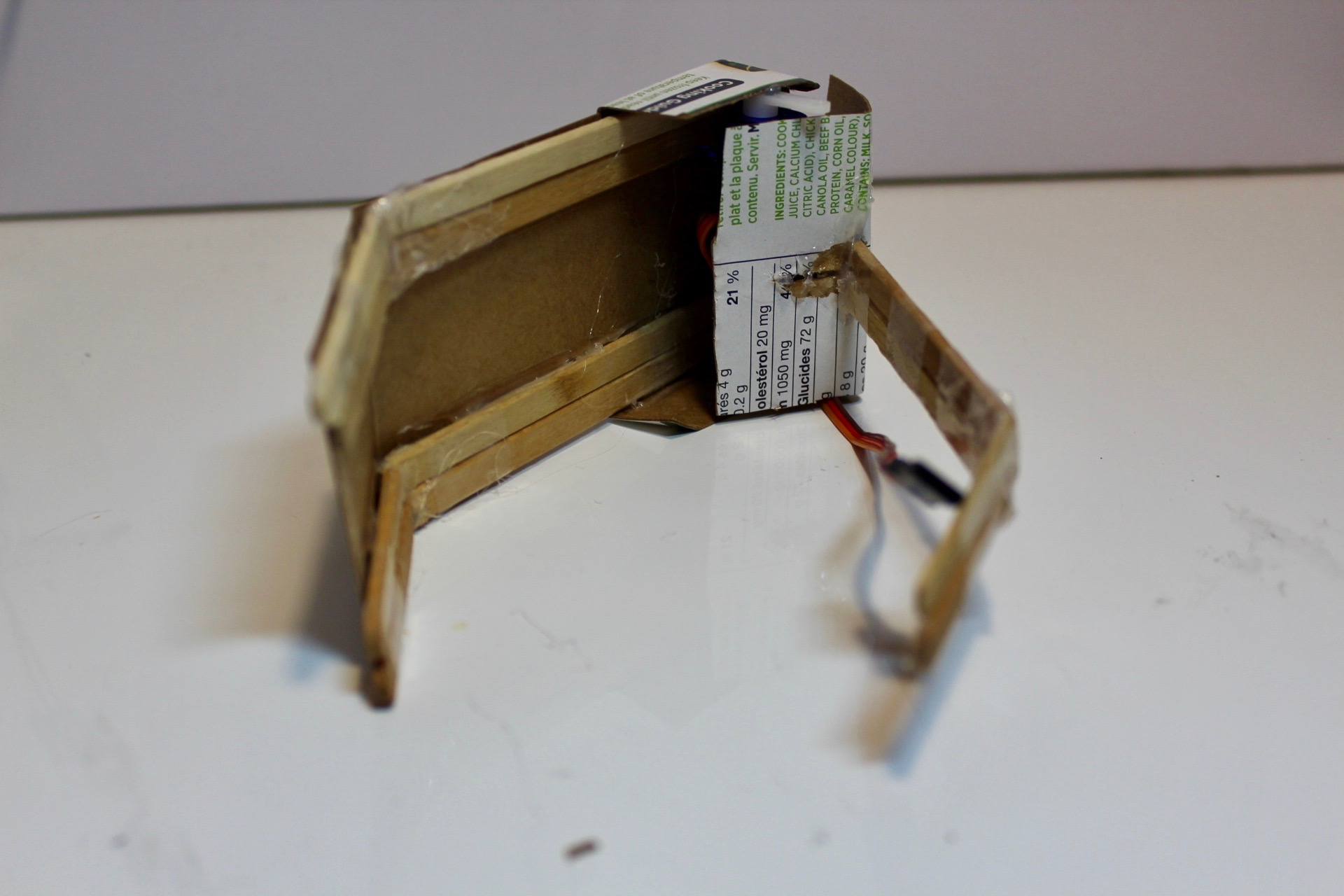 Picture of DIY Simple Robot Claw/Gripper (Actuated)