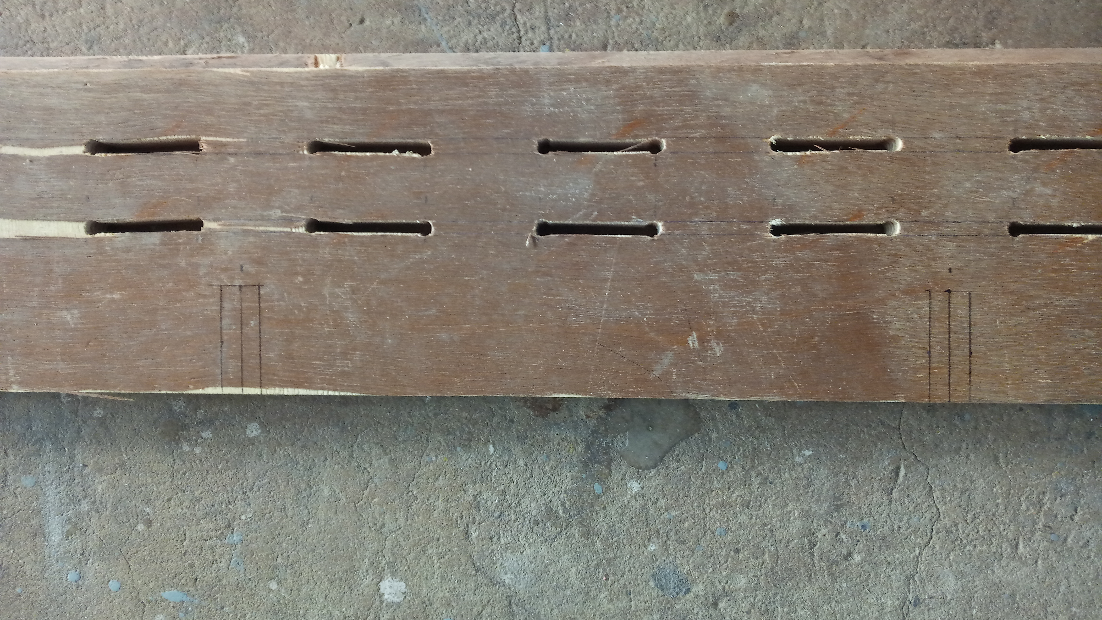 Picture of Side Panel: Dowel Slits