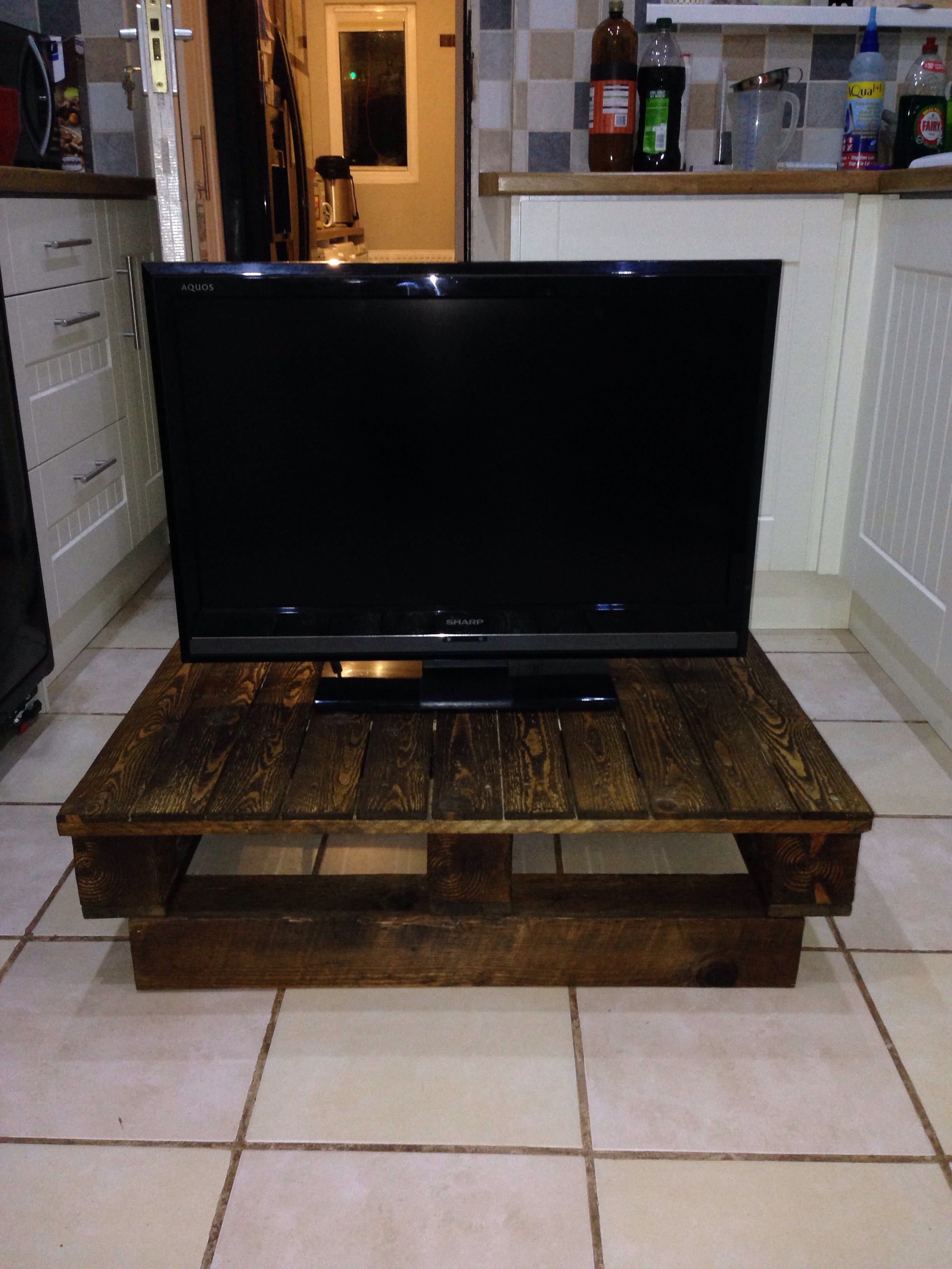 Picture of TV Stand Pallet