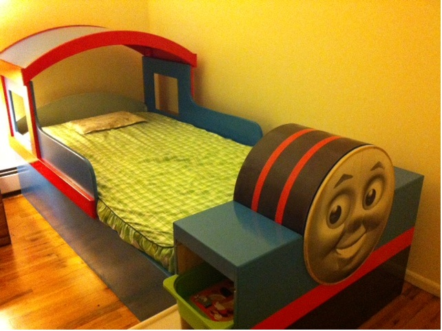 Picture of Thomas Train Bed