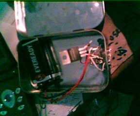 Super Simple Ipod Battery Charger (Altoids Tin)