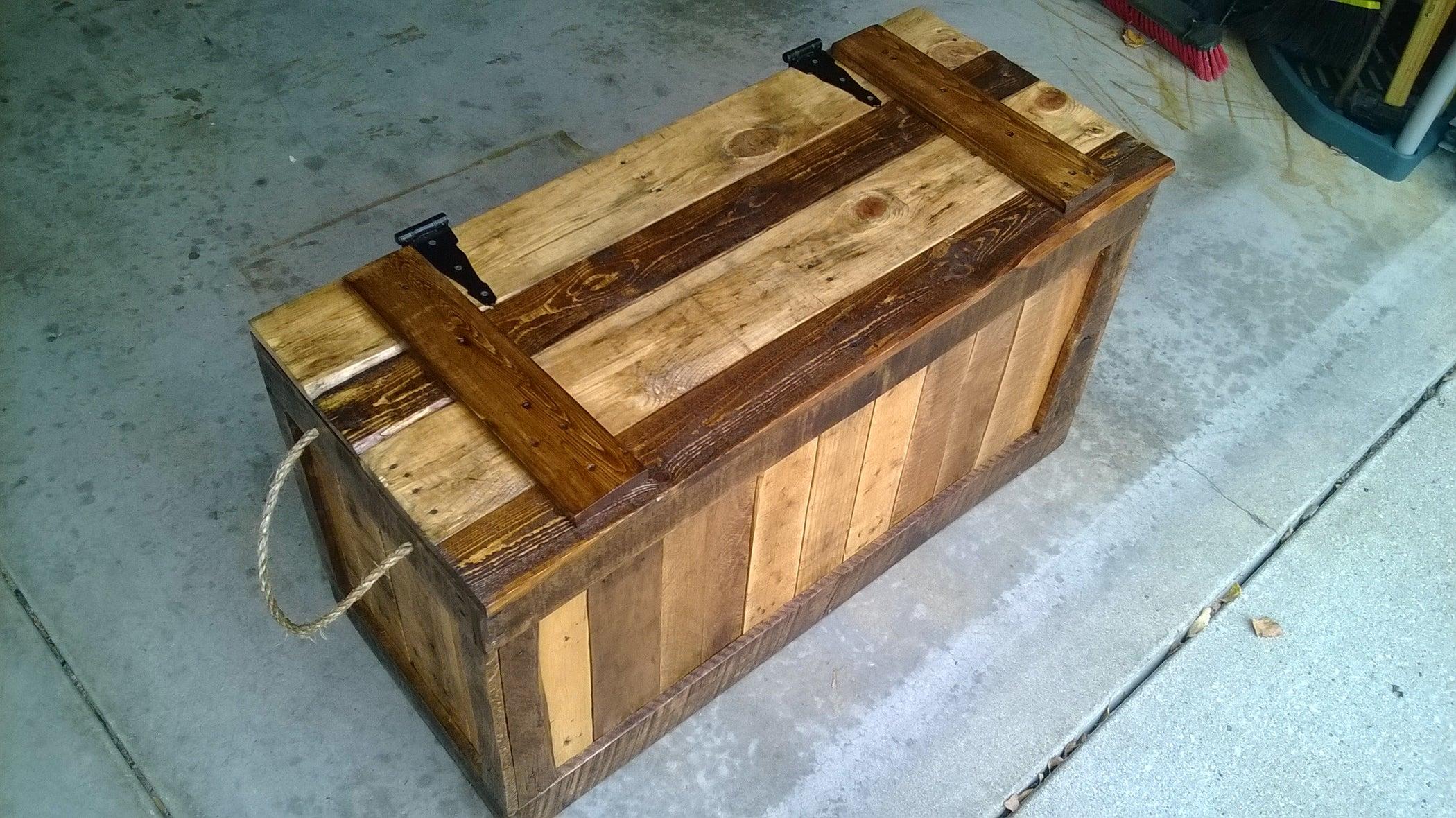False Bottom Trunk From Reclaimed Wood Pallets 7 Steps