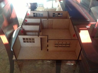 Intelligent Solar House /Casa Solar Inteligente