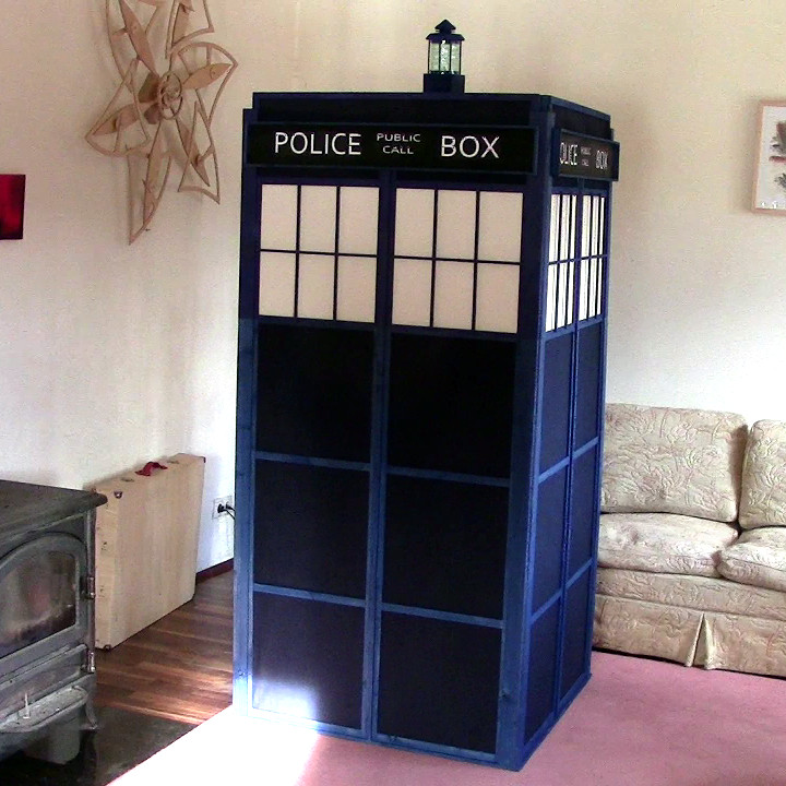 Picture of TARDIS From a Single 2x4