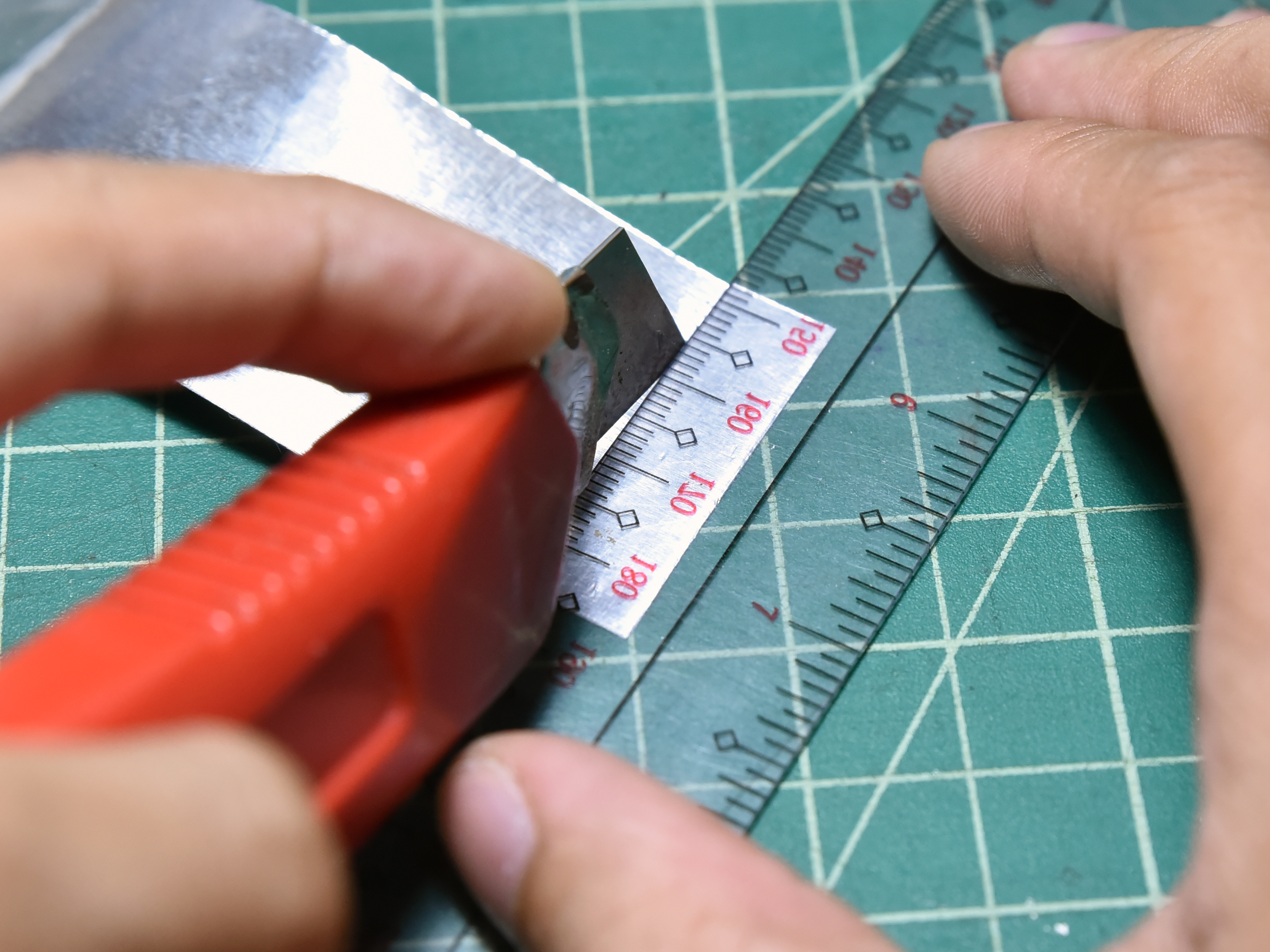 Picture of Cut a Strip of Aluminum Tape