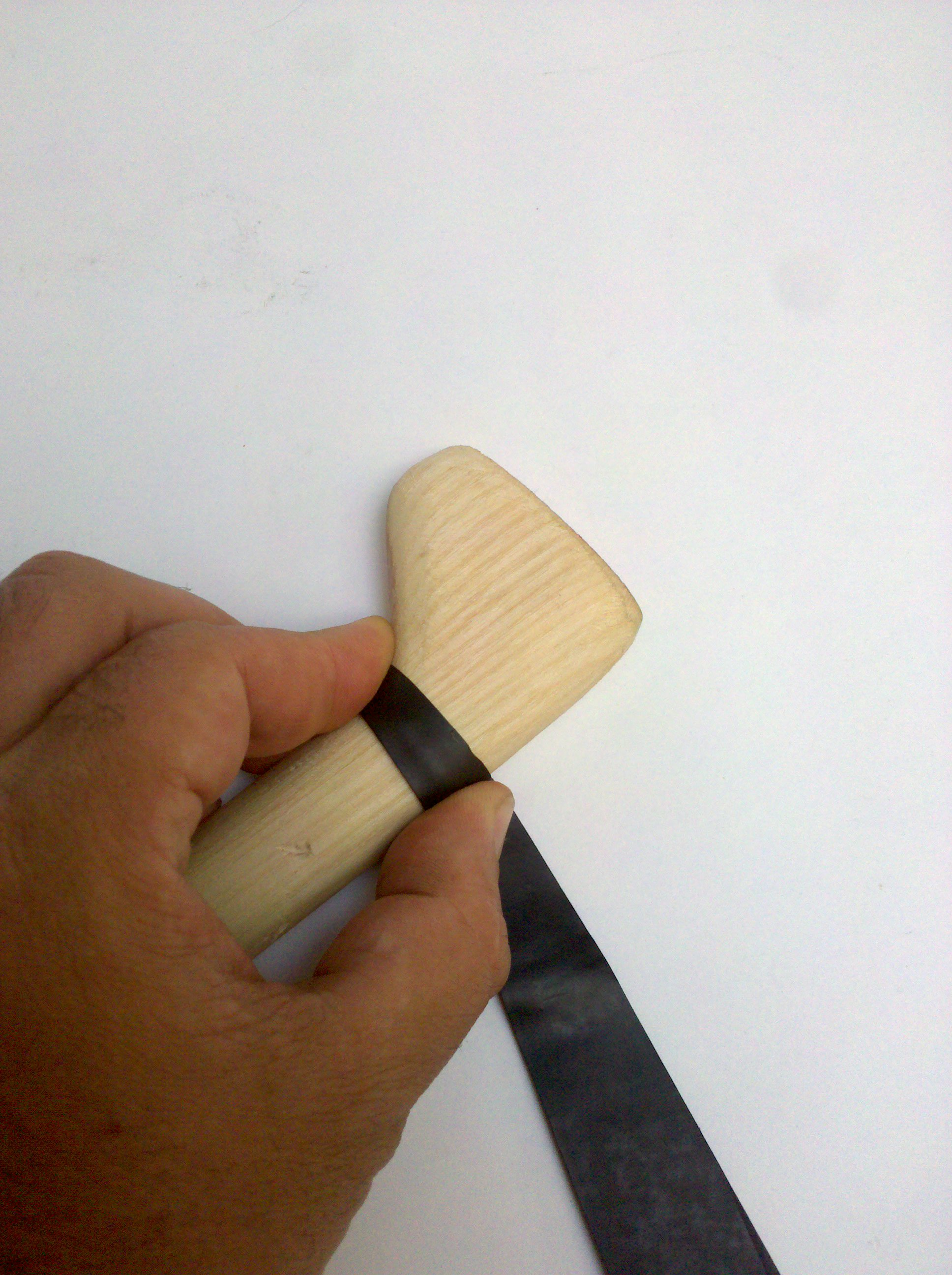 Picture of Wrapping the Grip