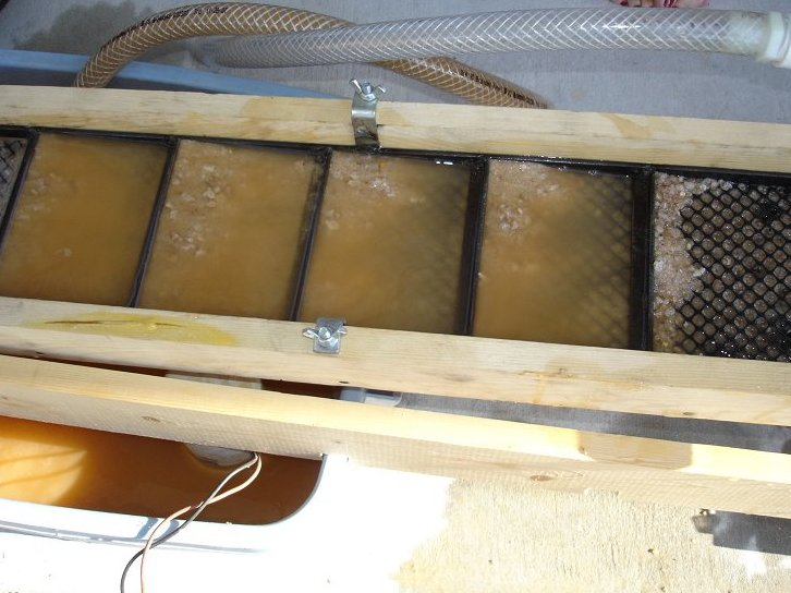 Picture of Testing the Recirculating Sluice