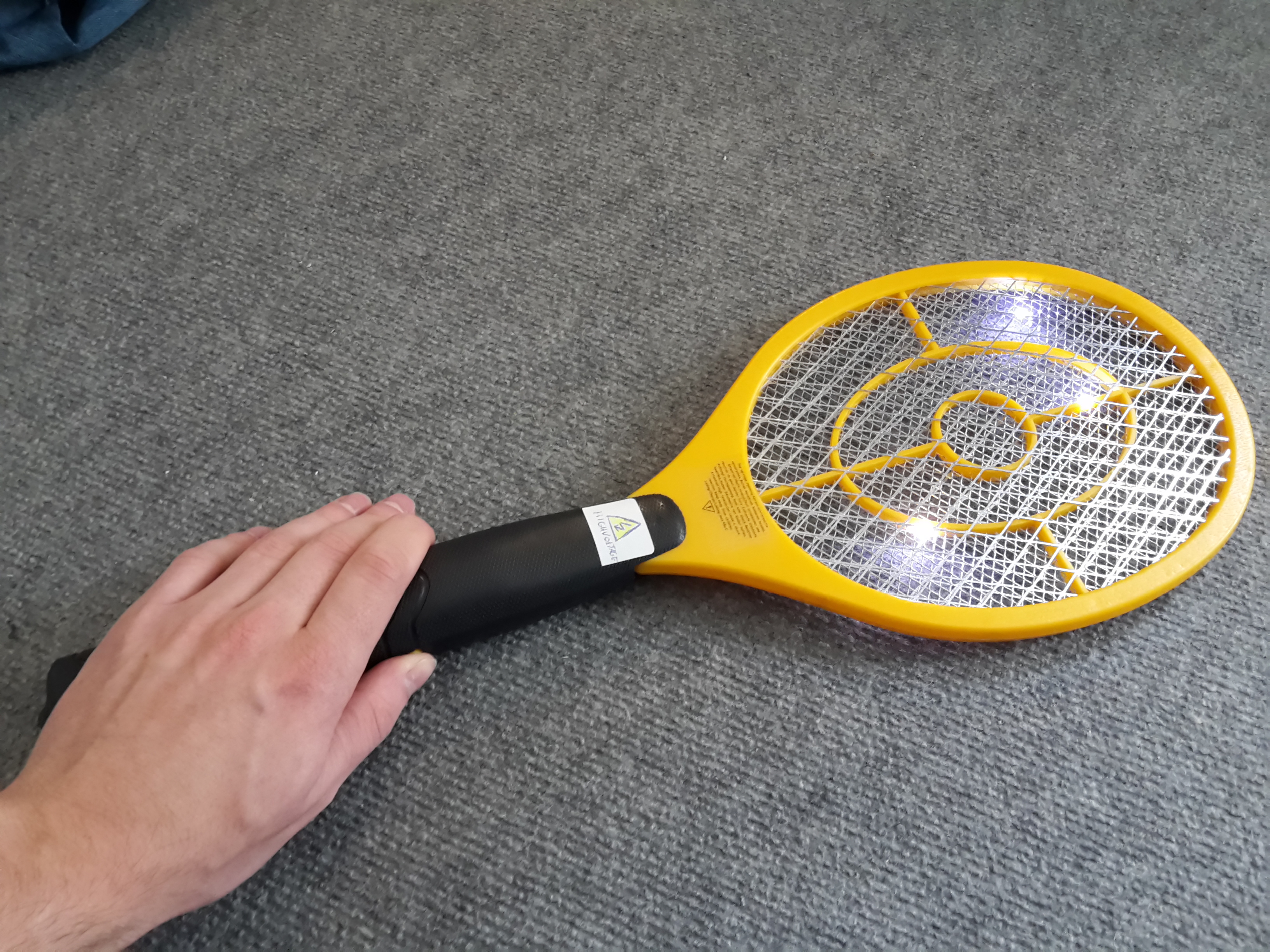 Picture of Easy High Voltage Fly Swatter Mod